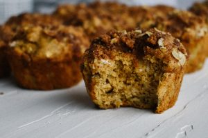 Apple banana muffins with cinnamon streusel | Simply Nourished Home